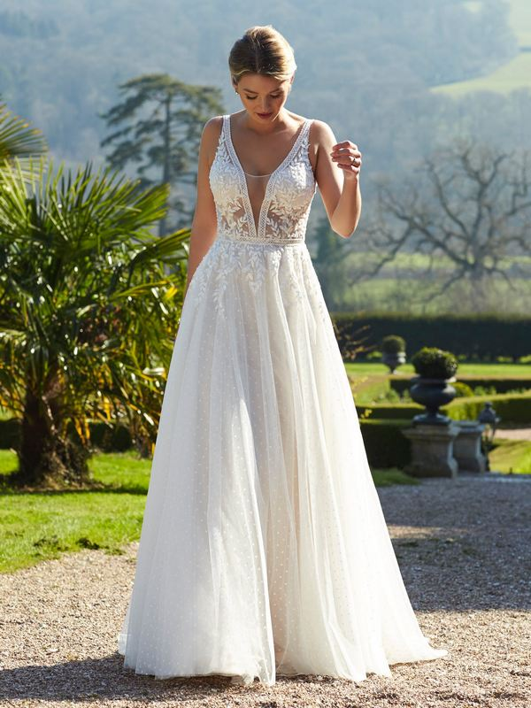 Romantica - Maeve  Wedding Gown Leeds