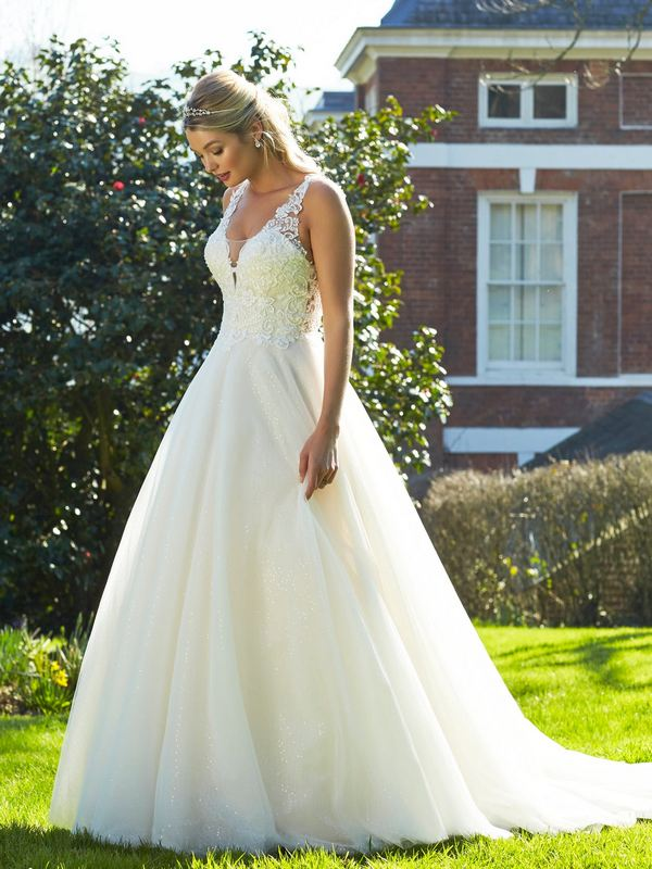 Romantica - Sabine Wedding Gown Leeds
