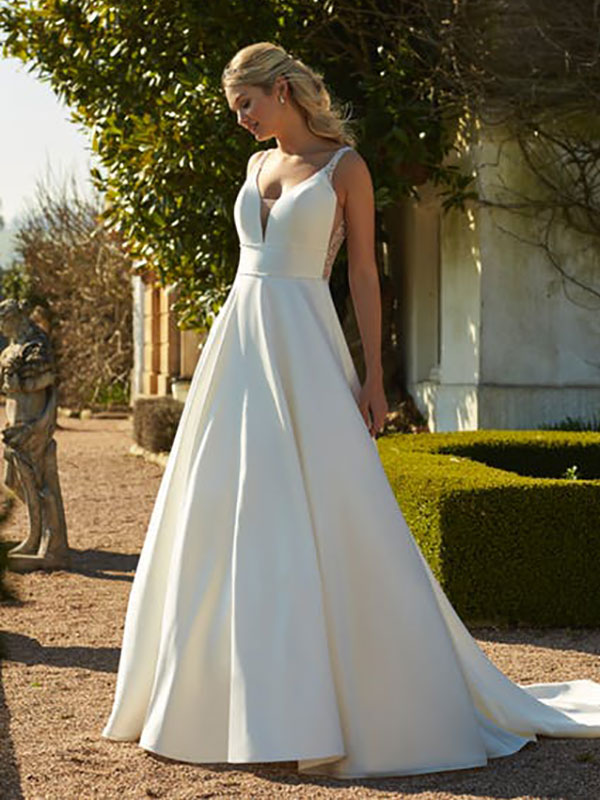 Romantica of Devon Aurelia Front Wedding Gown Leeds